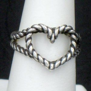 James Avery Retired Sterling Open Heart Ring